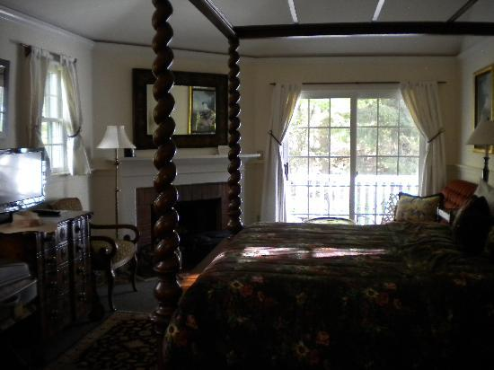 Garden Gables Inn: Room 15