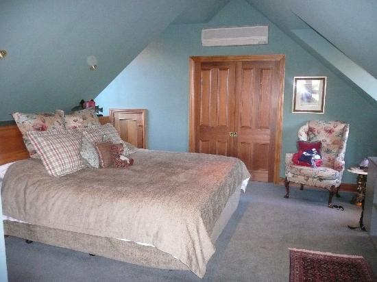 Pencarrow: Room
