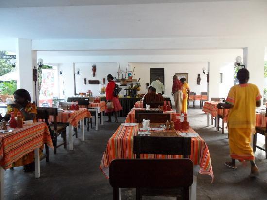 Kahama Hotel: Breakfast
