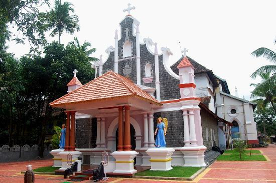 Muziris Heritage - Day Tours: First Christian church in India AD 52