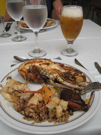 Iberostar Grand Bavaro: Lunch buffet - grilled lobster