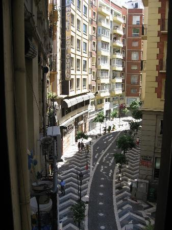 Victoria Hostal Malaga: The view from window