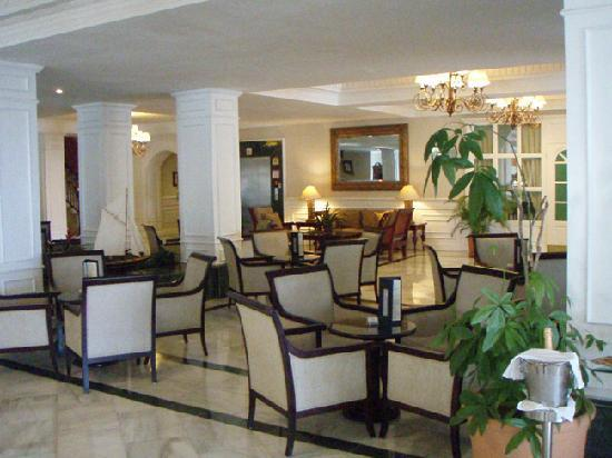 Luxury Bahia Principe Cayo Levantado Don Pablo Collection: Main hotel lobby