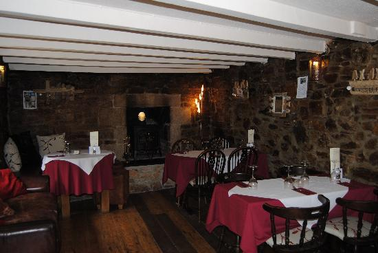Peterville Inn: The Dining Area