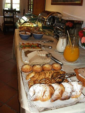 Ca's Curial: Part of the breakfast presentation...