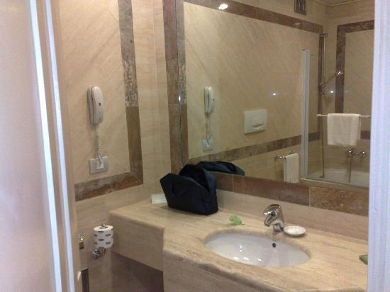 Hotel Borromini: Dettaglio bagno