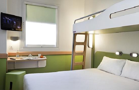 Ibis Budget Madrid Vallecas: Habitación con litera