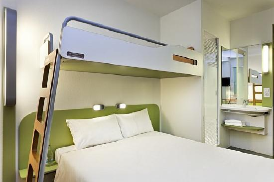 Ibis Budget Madrid Vallecas: Habitacion con litera 2