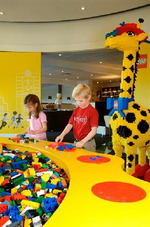 Hotel LEGOLAND: Lots of places for the children to play!