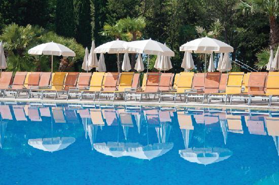 Parc hotel gritti bewertungen fotos preisvergleich for Swimming pool preisvergleich