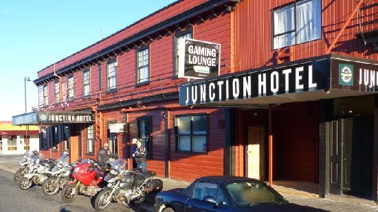 The Junction Hotel : Junction Hotel - Thames