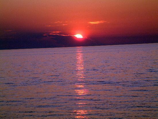 Fiesta Hotel Milord : Ibiza sunset from rear of hotel
