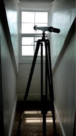 ذا لاندينج: Attic Bedroom