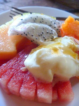 Villa Kunang Kunang: Breakfast