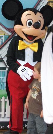 Disneyland Park: Mickey