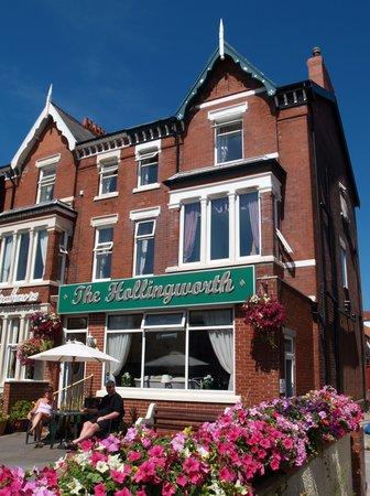 The Hollingworth: getlstd_property_photo