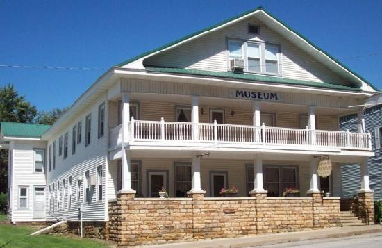 El Dorado Springs, MO: Wayside Inn Museum