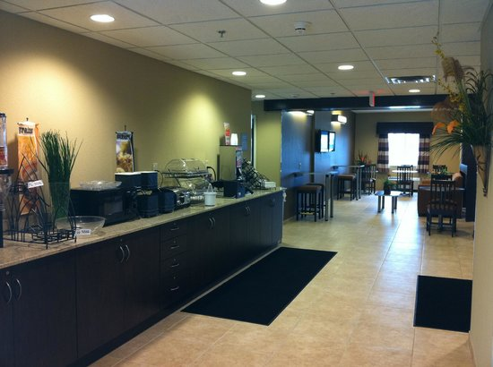 Microtel Inn & Suites by Wyndham Harrisonburg: Breakfast