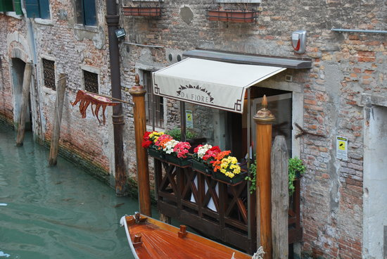 Osteria Da Fiore : Small balcony