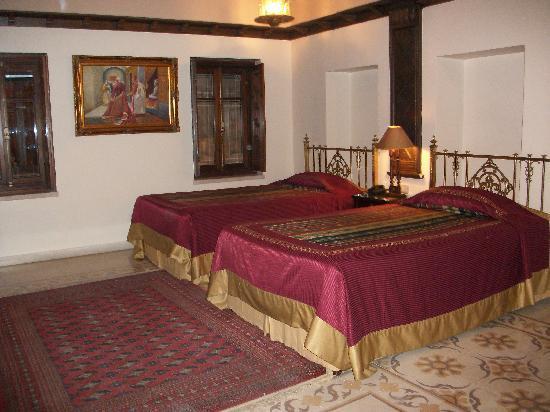 Martini Dar Zamaria Hotel: notre chambre avec fenetre coté impasse