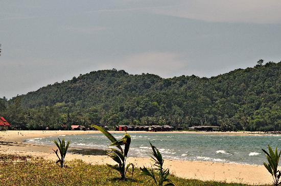 Cherating, Malasia: Daytime view of beach