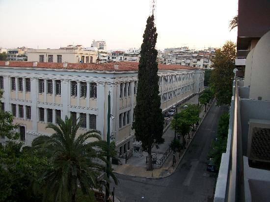 BEST WESTERN Museum Hotel - Μουσείο: view from balcony of National Arch. Museum
