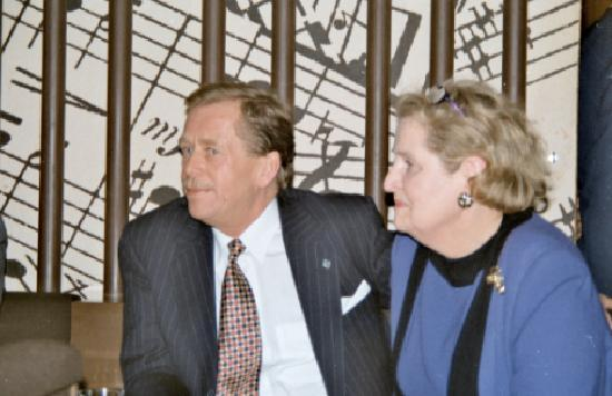 Картинки по запросу Havel Albright