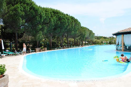 Porto Istana, Италия: piscina