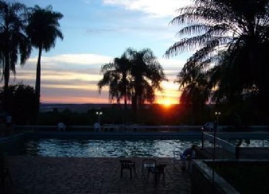 Hotel ACA Eldorado: Atardecer en verano