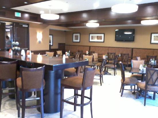 Ayres Hotel Spa Moreno Valley Breakfast Area