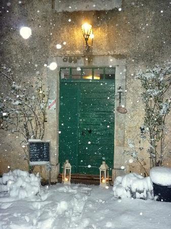 Domaine le Bost: Maison le Bost in wintertime