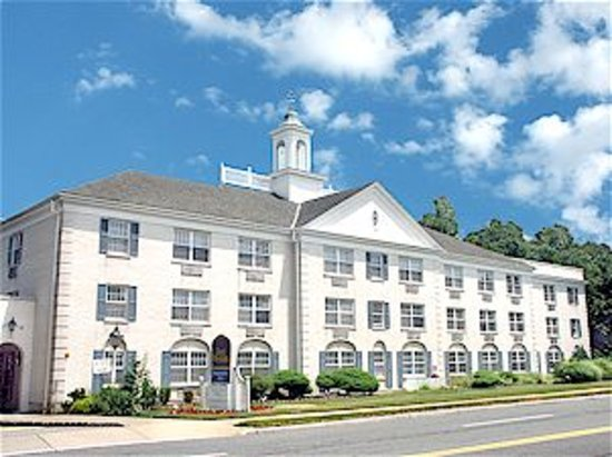 BEST WESTERN PLUS Morristown Inn: hotel exterior