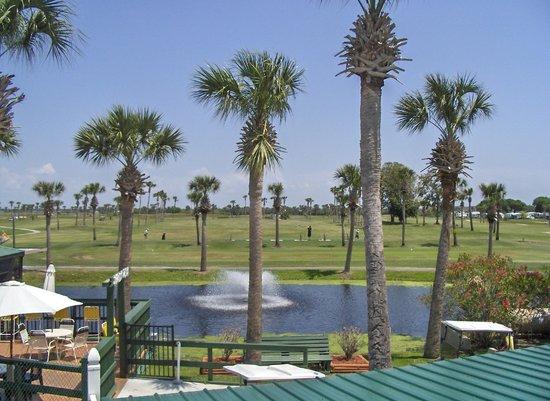 Okeechobee KOA: Overlooking the golf course