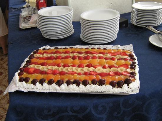 Hotel Baltic: torta dello cheff ottima