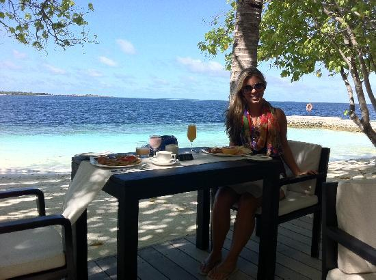 Lily Beach Resort & Spa: Breakfast at Lily Ma