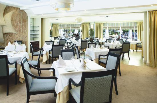 Four Seasons Country Club : Restaurant