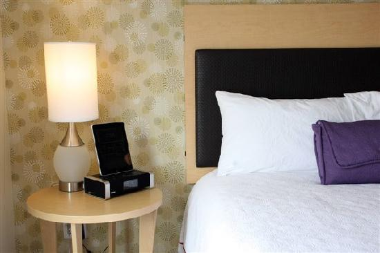 Home2 Suites By Hilton Salt Lake City/Layton, UT: ihome docking staion in every room