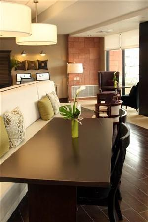 Home2 Suites By Hilton Salt Lake City/Layton, UT: Oasis