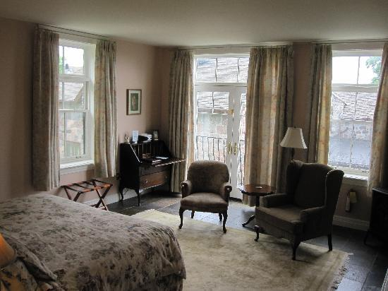 Ste. Anne's Spa : Christine Agatha Suite