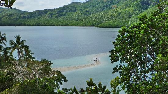 El Nido Resorts Miniloc Island: snake island