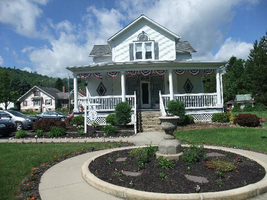 Country Seasons Bed & Breakfast Inn: Country Seasons B&B