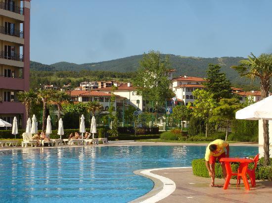 DIT Majestic Beach Resort: The pool