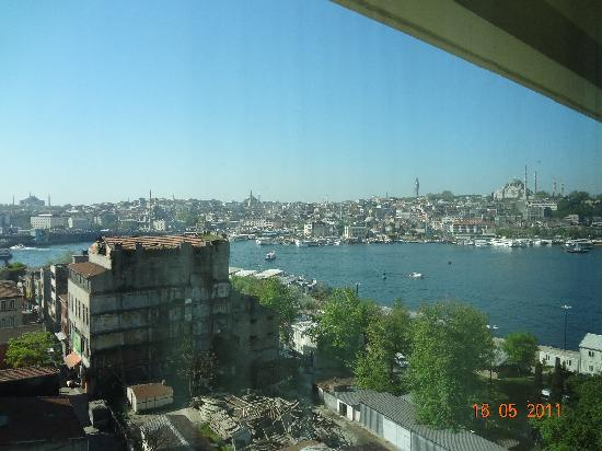 Istanbul Golden City Hotel: view from the room in the morning