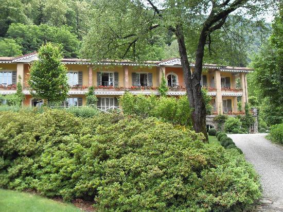 Park Hotel Villa Belvedere: Blick auf das Hotelgebäude
