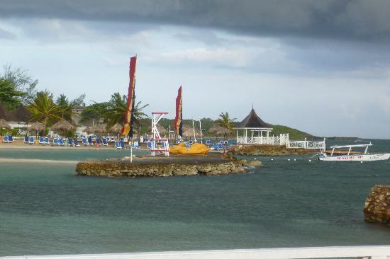 Royal Decameron Club Caribbean: tropical storm on its way but still brilliant