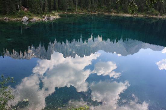 Hotel La Soldanella : lago di carezza