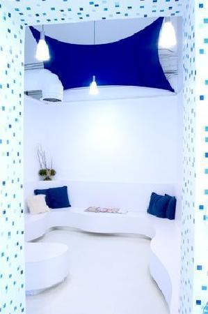 Blue Medi Spa Waiting Room