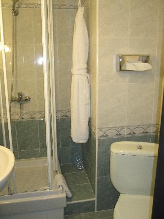 Boutique Hotel Vozdvyzhensky: Bathroom