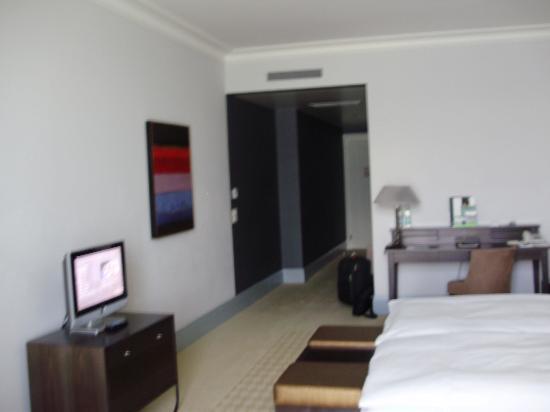 Palace Luzern: bedroom