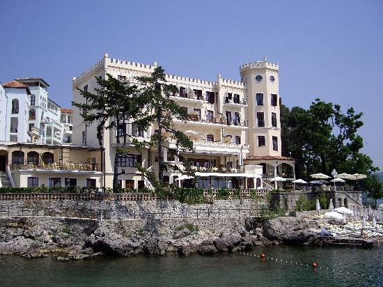 Hotel Miramar: View of the rear of the hotel from the Lungomare